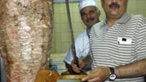 Şener ve Aygün birlikte restoran açılışına katıldı