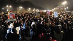 Almanyada PEGIDA karşıtı imza kampanyası