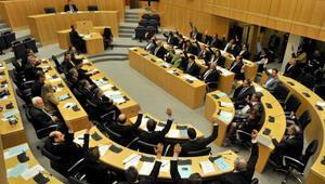 Güney Kıbrıs soykırımı inkâr yasası çıkardı