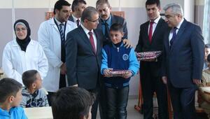 Kiliste 18 bin Suriyeli çocuk karne aldı