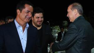 Cumhurbaşkanı iftar yemeğinde ünlü isimlerle buluştu