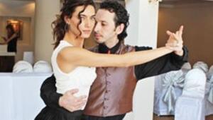Tango dersi aldı