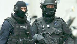 3 bin polis peşlerinde