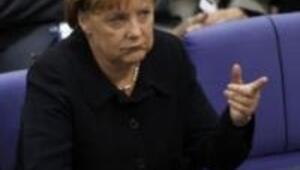Merkel ile iş dünyası arasındaki uçurum derinleşiyor