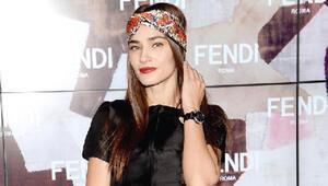 Yeni uluslararası stil ikonu Saadet Aksoy