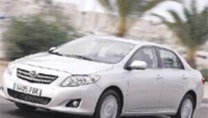 Yeni Corolla 34 bin 800 YTL'ye Türkiye'de satışa sunuluyor