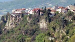 Suyla kutsanmış Makedon