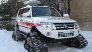 Uşaka kar paletli ikinci ambulans