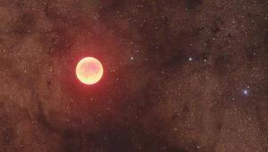 Ay kırmızıya dönecek