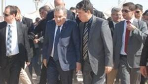 Bakan Gülerde Suriye sınırına istinat duvarı açıklaması