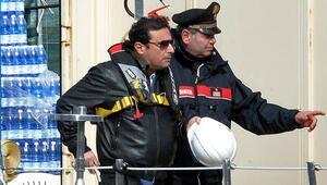 Costa Concordianın kaptanı, ilk kez geminin enkazına çıktı