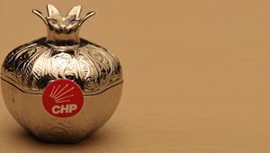 Sosyalist Enternasyonal Toplantısında CHPden lokum ikramı