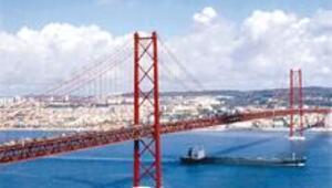 Okyanus ile nehir arasında İstanbul gibi 7 tepe üzerinde Lizbon