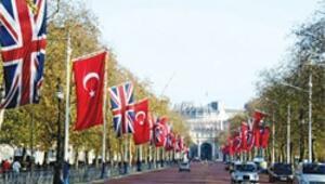 Kraliçe, Gül'ü iki gün Buckingham Sarayı'nda ağırlayacak