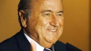 FIFA Başkanı Blatter kaza geçirdi