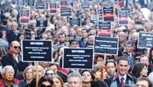 Avukatlar yürüdü: Yargıya saldırı tehlikeli boyutta