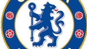 Lider Chelsea derbide galip