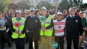Okul geçidi görevlilerini dikkate almayana ceza