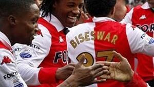 Feyenoordu Corendon taşıdı