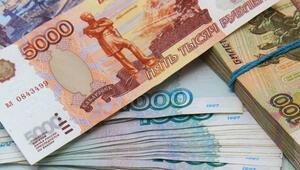 Kırım resmen Rus rublesi kullanmaya başladı