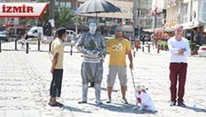 İzmirliler Duran Efeye kol kanat gerdi