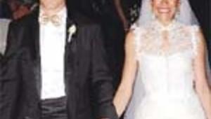 Amerika'da nikah kıydı Ankara'da düğün yaptı