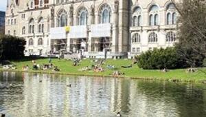 Bahar güneşinde Hannover