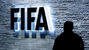 FIFA heyeti başkanına 7 yıl men