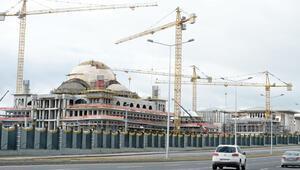 Saray'ın camisinde 24 saat inşaat