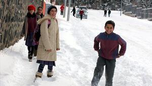 9 Ocak Cuma İstanbulda okullar kar tatili mi   Vali açıkladı
