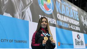 Karate şampiyonlarına ödül