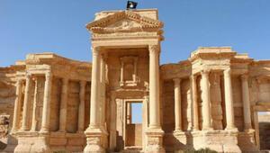 IŞİD Palmira antik kentinden sorumlu arkeoloğu öldürdü