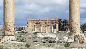 IŞİD, 2 bin yıllık mirası imha etti