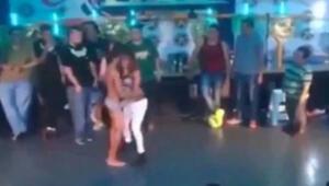Gece kulübünde oral seks skandalı