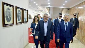 HDP İzmir Milletvekili Müslüm Doğan, bakan olduktan sonra sonra ilk kez seçildiği kenti ziyaret etti