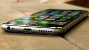 iPhone 6Si parçaladılar