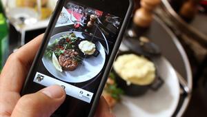 Akıllı telefonunuzla muhteşem yemek fotoğrafı çekmenin 5 sırrı
