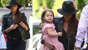Victoria Beckham ile kızı Harperın manikür saati