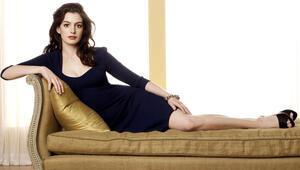 Anne Hathaway: İyi rolleri hep gençler kapıyor