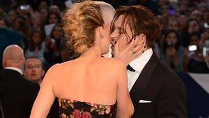 The Danish Girl filminin Venedik galasında kırmızı halı geçidi