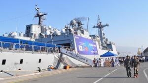 Koreli denizciler İzmir'e geldi