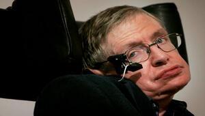 Hawking: Evreni çözeceğiz ama kadınları asla...
