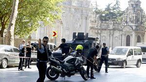 Dolmabahçede polislere silahlı saldırı