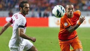Sneijder ve Van Persie Türkiyeye karşı