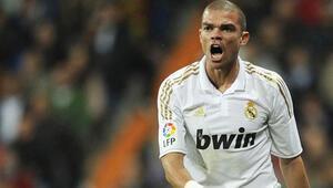 Real Madrid Pepenin sözleşmesini uzattı