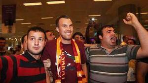 Galatasarayın Kevin Grosskreutz transferini FIFA onaylamadı
