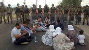 Sokağa çıkma yasağının sürdüğü Cizre'de çatışmalar bitmedi