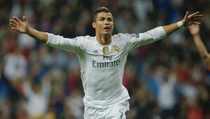Ronaldo Lucescuyu yıktı