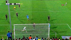 Erkan Zengin öyle bir gol kaçırdı ki...