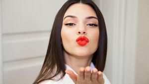 Güzel manken Kendall Jenner kimdir